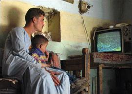 Penonton TV satelit SAT-7
