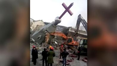 Gedung Gereja dihancurkan di Cina